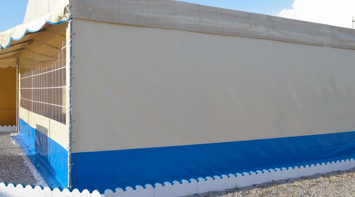 Fercam toldos tendas for Material para toldos correderos